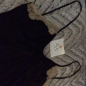 Other - Black gown medium